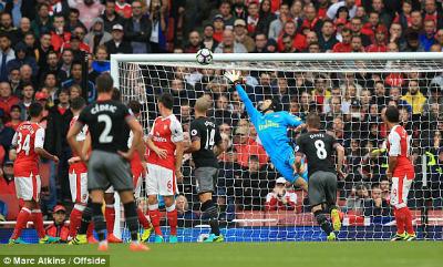Chi tiết Arsenal - Southampton: Penalty muộn (KT) - 3