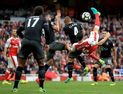 Chi tiết Arsenal - Southampton: Penalty muộn (KT) - 4