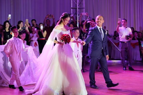 Khánh Thi đến mừng người yêu cũ cưới vợ trẻ - 3
