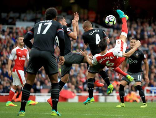 Arsenal - Southampton: Phần thưởng phút bù giờ - 1