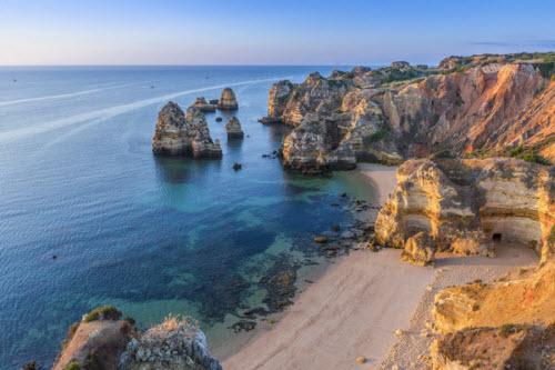 11 thành phố có chi phí du lịch rẻ nhất châu Âu - 4