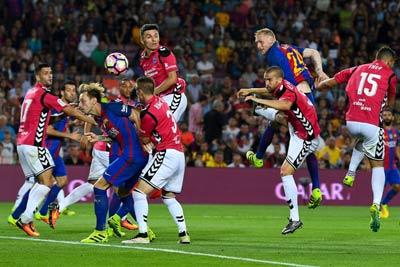 Chi tiết Barca - Alaves: Ác mộng Nou Camp (KT) - 6