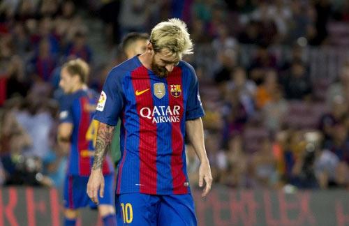 """Barca thua Alaves: Chuyện cổ tích của """"kẻ nghèo"""" - 1"""