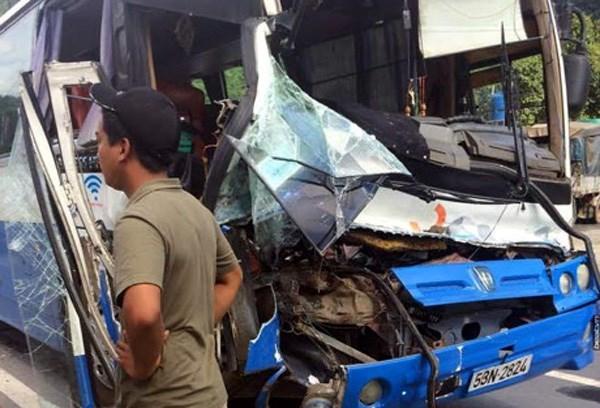 Công an Lâm Đồng: Cứu xe khách xong, anh Bắc rất run - 1