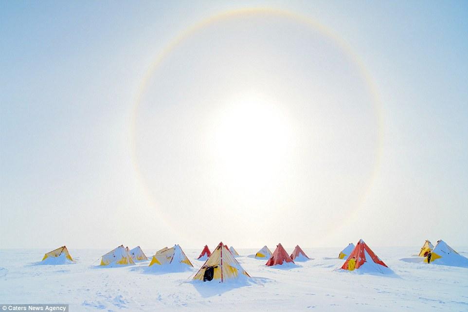 Ảnh: Cuộc sống ở nơi lạnh nhất trái đất - 5