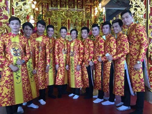 Choáng ngợp cảnh trong nhà thờ Tổ 100 tỷ của Hoài Linh - 1