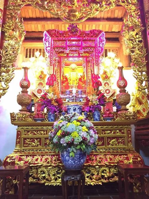 Choáng ngợp cảnh trong nhà thờ Tổ 100 tỷ của Hoài Linh - 6