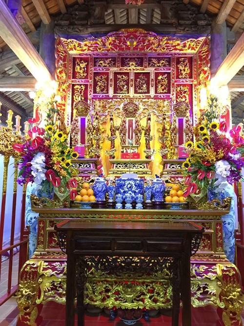 Choáng ngợp cảnh trong nhà thờ Tổ 100 tỷ của Hoài Linh - 8