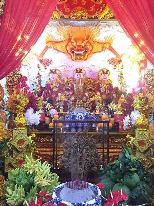 Choáng ngợp cảnh trong nhà thờ Tổ 100 tỷ của Hoài Linh - 7