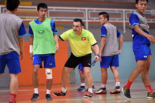 Chi tiết futsal Việt Nam - Guatemala: Quả penalty bước ngoặt (KT) - 4