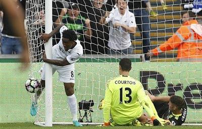 Chi tiết Swansea - Chelsea: Costa gỡ hòa với siêu phẩm (KT) - 11