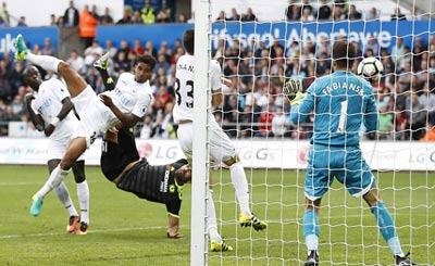 Chi tiết Swansea - Chelsea: Costa gỡ hòa với siêu phẩm (KT) - 13