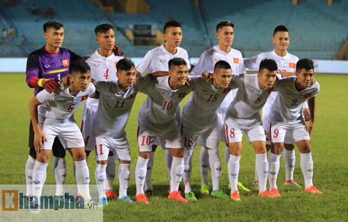 HLV Hoàng Anh Tuấn không hài lòng với chân sút U19 VN - 2