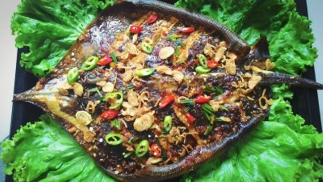 Giòn thơm cá đuối nướng Quảng Bình - 1
