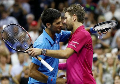Djokovic tâm phục Wawrinka, chấn thương không quá nặng - 1