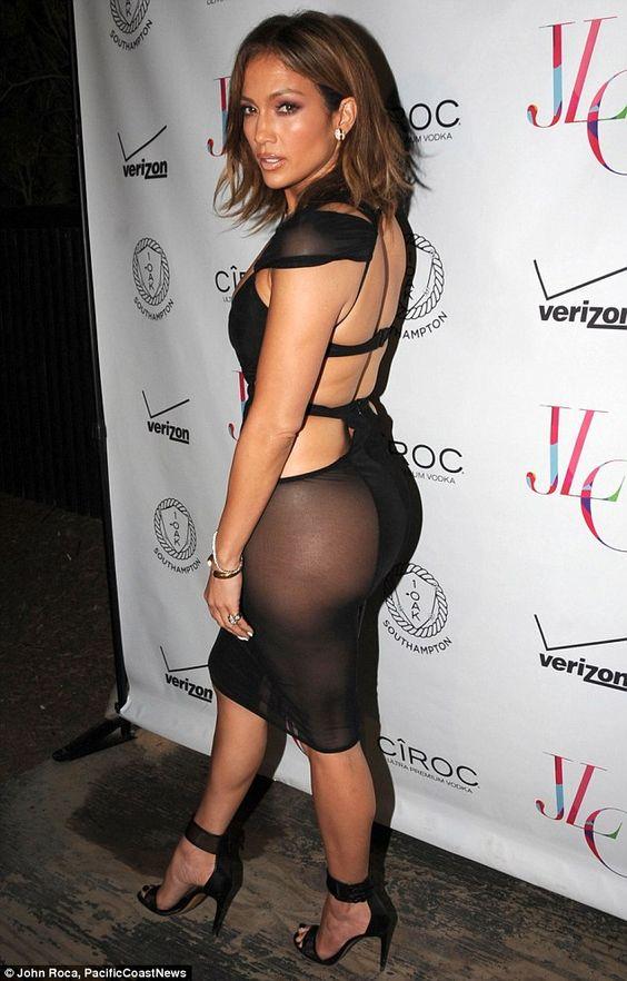 47 tuổi, Jennifer Lopez vẫn giữ được thân hình bốc lửa - 5