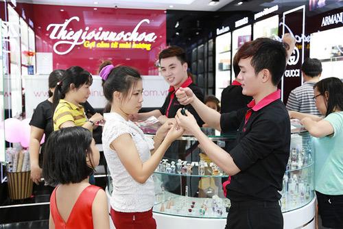 Thế Giới Nước Hoa tặng 1000 phần quà miễn phí cho khách dự khai trương tại Cần Thơ - 5