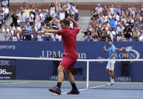 Góc ảnh CK US Open: Djokovic đổ máu, Wawrinka rơi lệ - 4