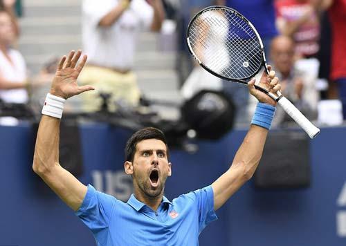 Góc ảnh CK US Open: Djokovic đổ máu, Wawrinka rơi lệ - 8