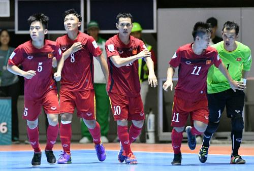 World Cup Futsal: Việt Nam chào sân ấn tượng - 1