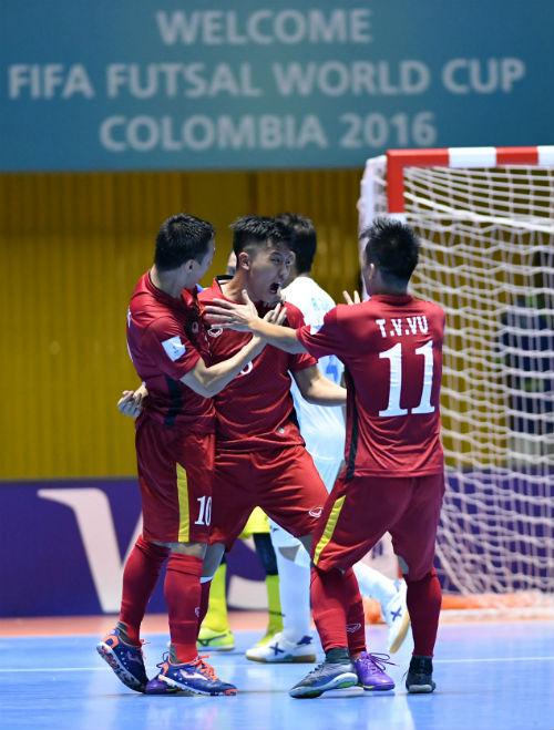 World Cup Futsal: Việt Nam chào sân ấn tượng - 10