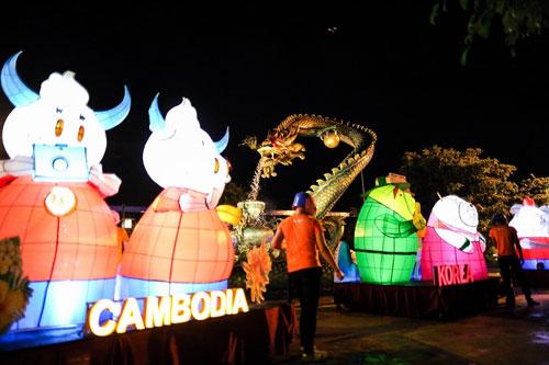 Rực rỡ lễ hội đèn lồng tại Asia Park - 2