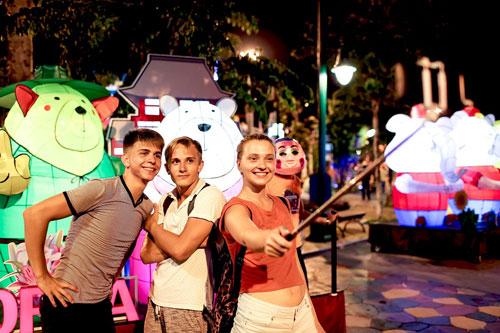 Rực rỡ lễ hội đèn lồng tại Asia Park - 9
