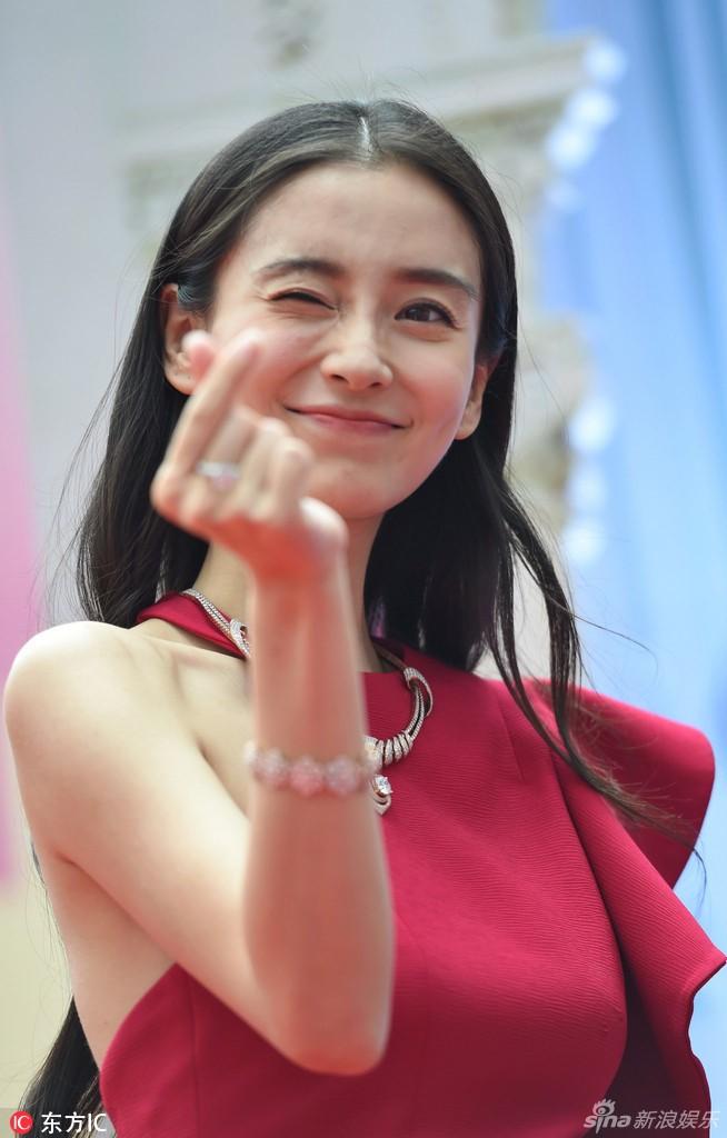 Sốc vì nhan sắc không photoshop của vợ Huỳnh Hiểu Minh - 2