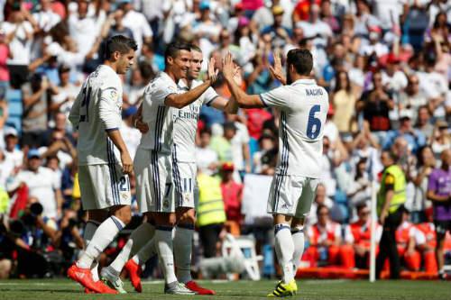 Real: Đội hình siêu chất lượng, 3 trận dùng 21 người - 1