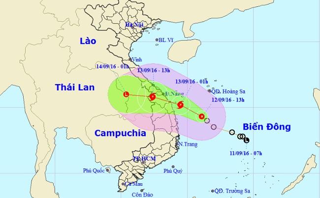 Áp thấp nhiệt đới tiến gần bờ, Đà Nẵng – Quảng Ngãi cấm biển - 2