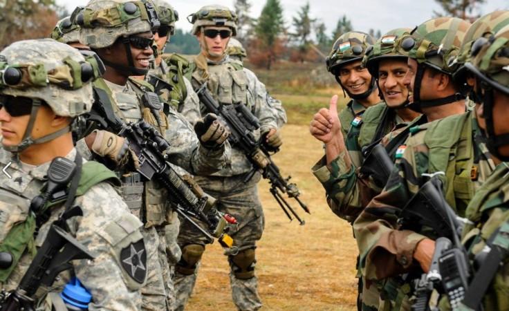 Mỹ, Ấn Độ rầm rộ tập trận gần biên giới Trung Quốc - 1