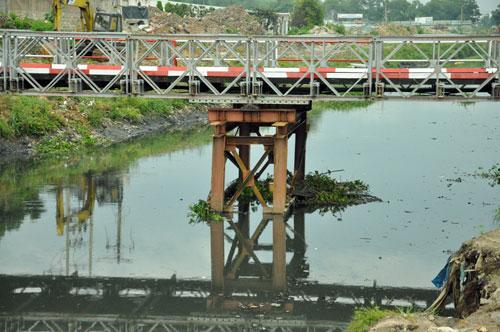Cận cảnh 2 cầu thép tiền tỷ xây trong 16 ngày ở Sài Gòn - 6