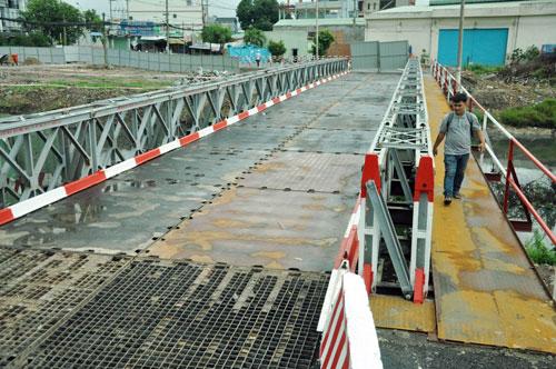 Cận cảnh 2 cầu thép tiền tỷ xây trong 16 ngày ở Sài Gòn - 8