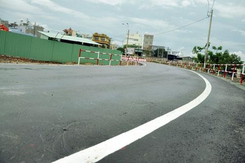 Cận cảnh 2 cầu thép tiền tỷ xây trong 16 ngày ở Sài Gòn - 12