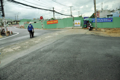 Cận cảnh 2 cầu thép tiền tỷ xây trong 16 ngày ở Sài Gòn - 9