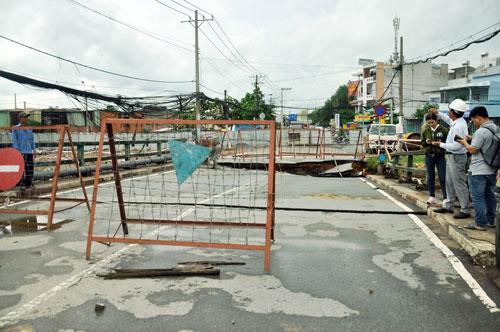Cận cảnh 2 cầu thép tiền tỷ xây trong 16 ngày ở Sài Gòn - 14