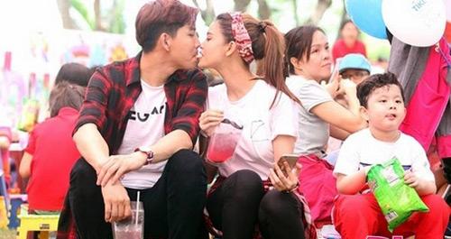 Trương Quỳnh Anh ngày càng bạo dạn với Tim nơi công cộng - 11