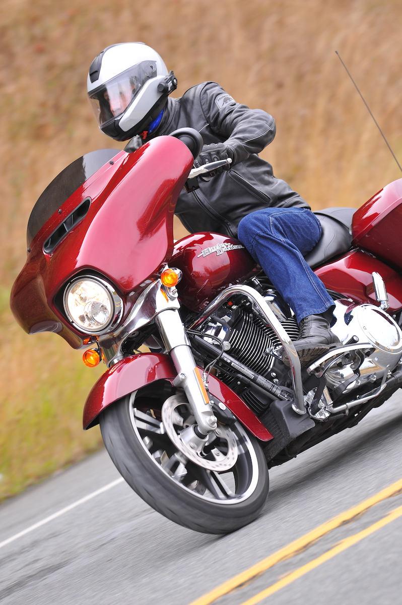 Đánh giá sơ bộ Harley Davidson 2017 - 3