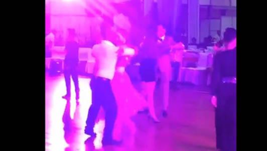 Clip Khánh Thi khiêu vũ tình cảm bên tình cũ Chí Anh