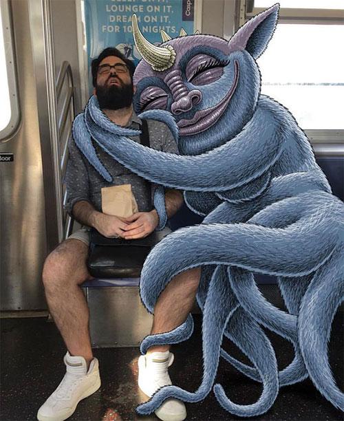 Bộ ảnh cười khiến mọi người không dám ngủ nơi công cộng - 1