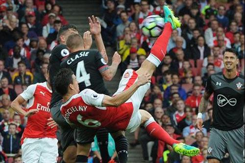 Arsenal: Sức sống mới từ con người cũ - 1