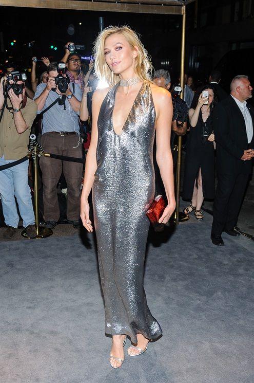 Mỹ nhân khoe thân hình gợi cảm tại New York Fashion Week - 1