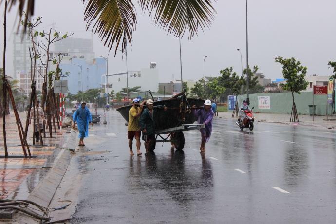 Áp thấp nhiệt đới đã mạnh lên thành bão số 4 - 3