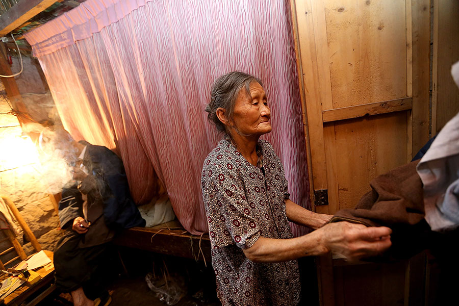 TQ: Cặp vợ chồng sống trong hang suốt 54 năm - 4