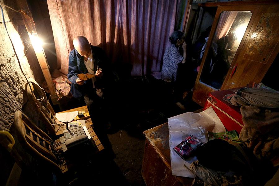 TQ: Cặp vợ chồng sống trong hang suốt 54 năm - 3