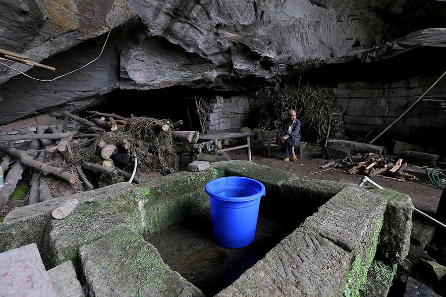 TQ: Cặp vợ chồng sống trong hang suốt 54 năm - 7