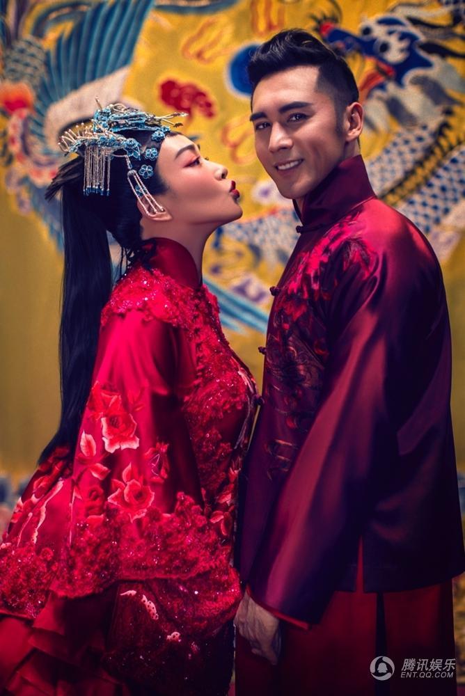 """Ảnh cưới đẹp lạ của """"bom sex"""" Chung Lệ Đề - 1"""