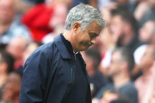 Mourinho có hơn gì Van Gaal? - 1