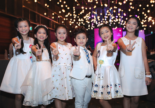 Hà Hồ gây chú ý khi đến mừng Noo Phước Thịnh - 7