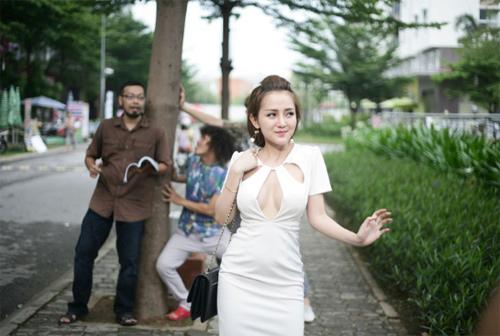 DJ Na diện bikini nóng bỏng trong phim hài mới - 7